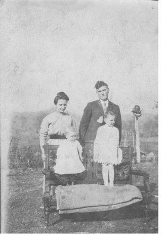 Bill, Minnie, Lucille and Lansing Sharp